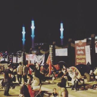 Wieczorna manifestacja