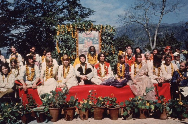 00india-beatles-2-superjumbo